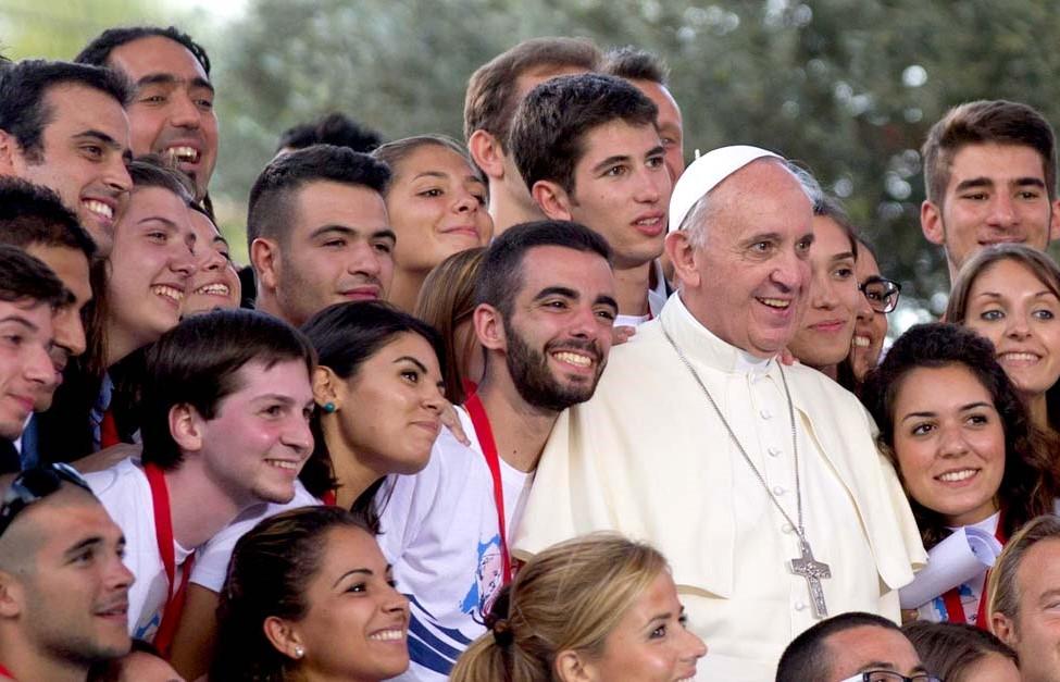 Papa com jovens - JMJ2019