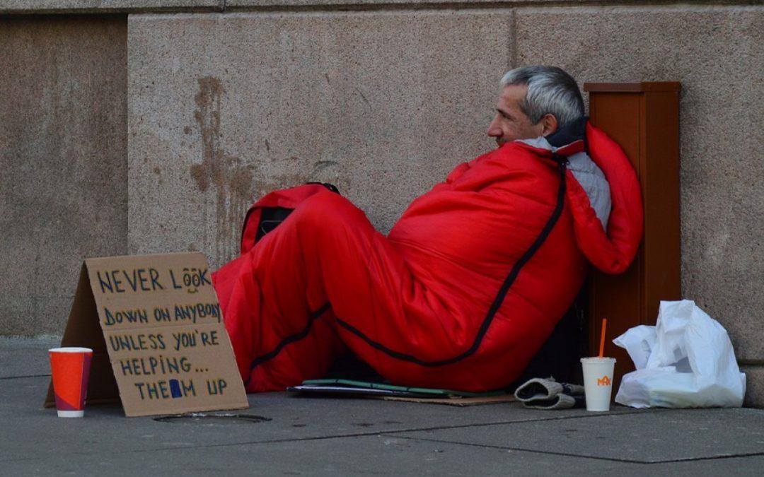 Os pobres e descartados são prioridade