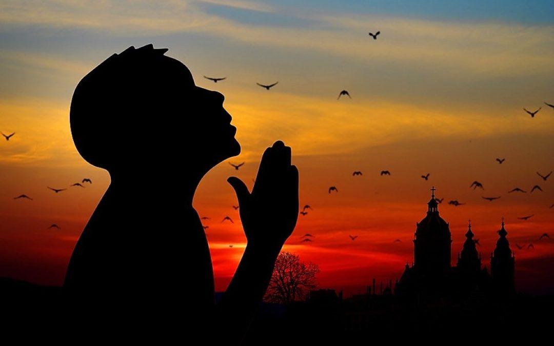 O mundo unido em oração