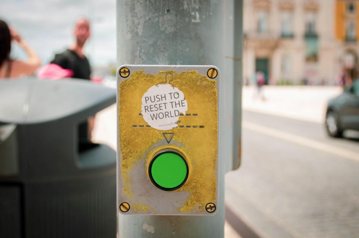 botão para reiniciar o mundo